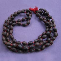Lotus Oval Bead Knotted